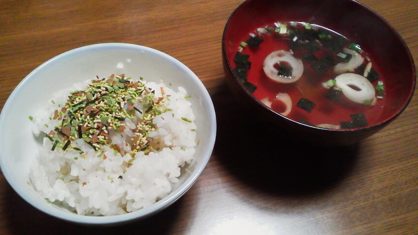 松茸の味ふりかけとお吸いもの盛り付け