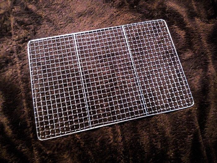 暖突を取り付ける網