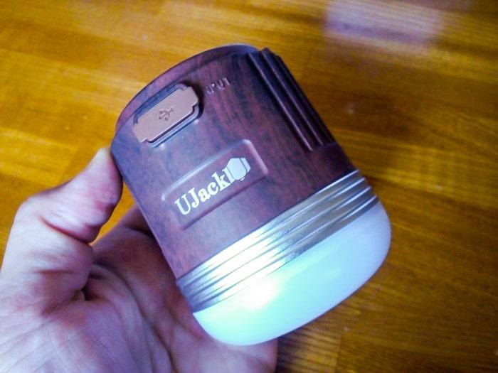 UJack「充電式LEDランタン」本体2