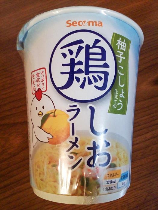 「柚子こしょう仕立ての鶏しおラーメン」のパッケージ