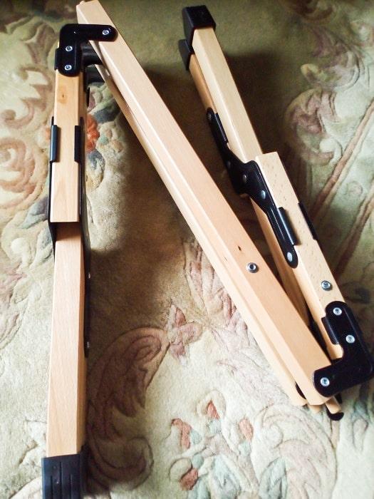 「ウッドトップロールテーブル」の脚部分展開1