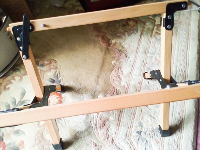 「ウッドトップロールテーブル」の脚部分展開3
